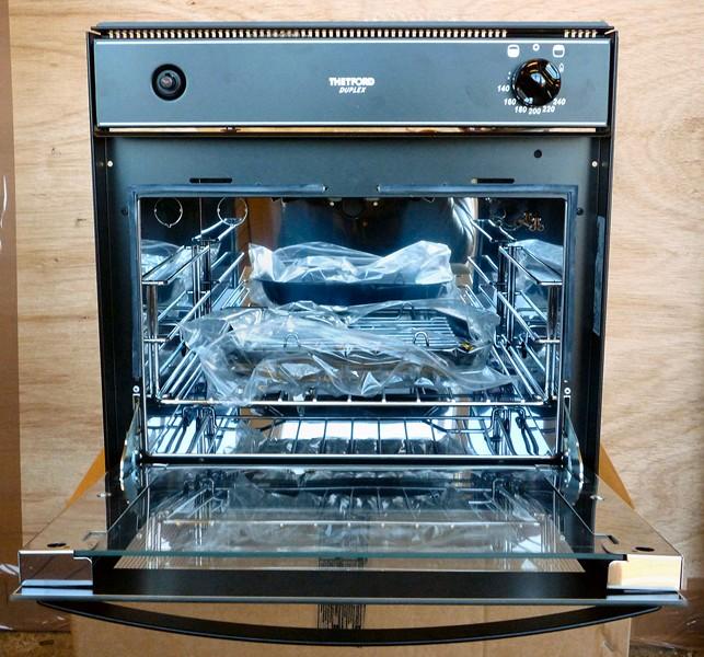 Thetford duplex oven